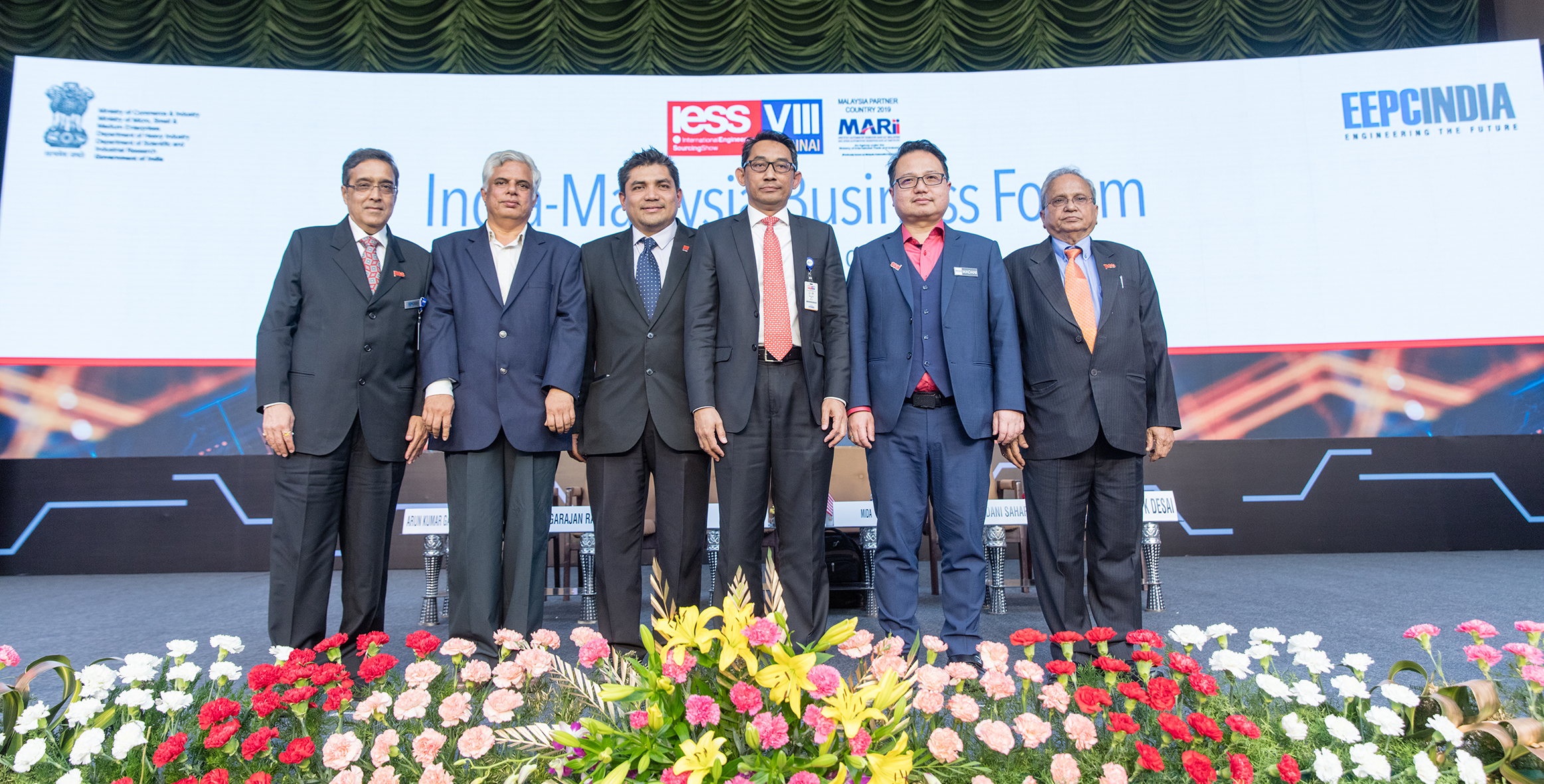 India Malaysia Business Forum. Mr. Mahesh K. Desai, Sr. Vice Chairman and Mr. Arun Kr. Garodia, Vice Chairman along with other dignitaries from MIDA, MATRADE, NASSCOM, IoT, MARII and EXIM Bank, Malaysia were present at this Ceremony